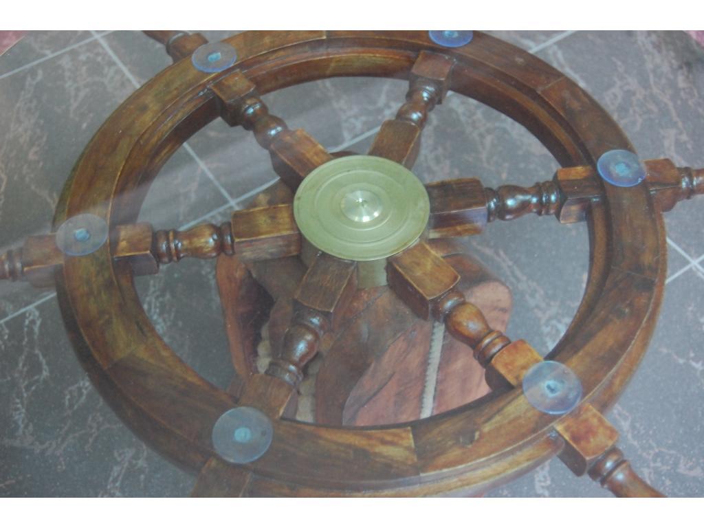 Морска маса с рул
