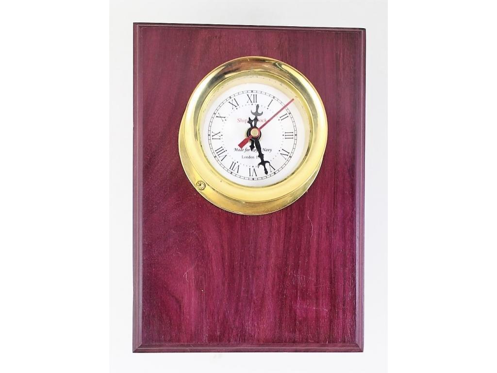 433 Корабен часовник /ф – 100 мм./ на махагонов плакет /170 х 240 мм./